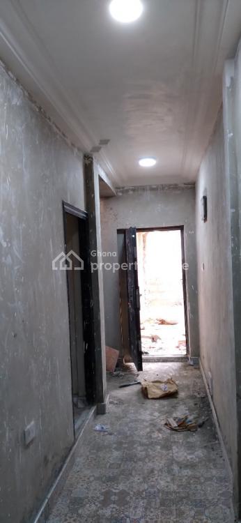Executive 8 Bedrooms, Kumasi Metropolitan, Ashanti, Townhouse for Sale