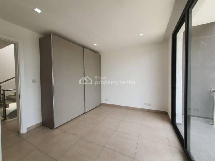 5 Bedroom Furnished Semi-detached Townhouse, North Ridge, Accra, Townhouse for Rent