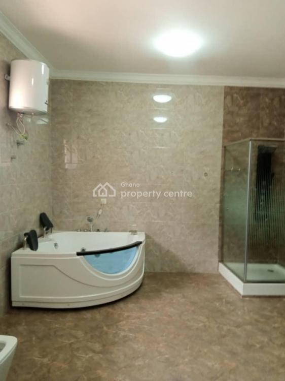 Executive 5bedrooms House, Ashongma Estate, Accra Metropolitan, Accra, Terraced Bungalow for Sale