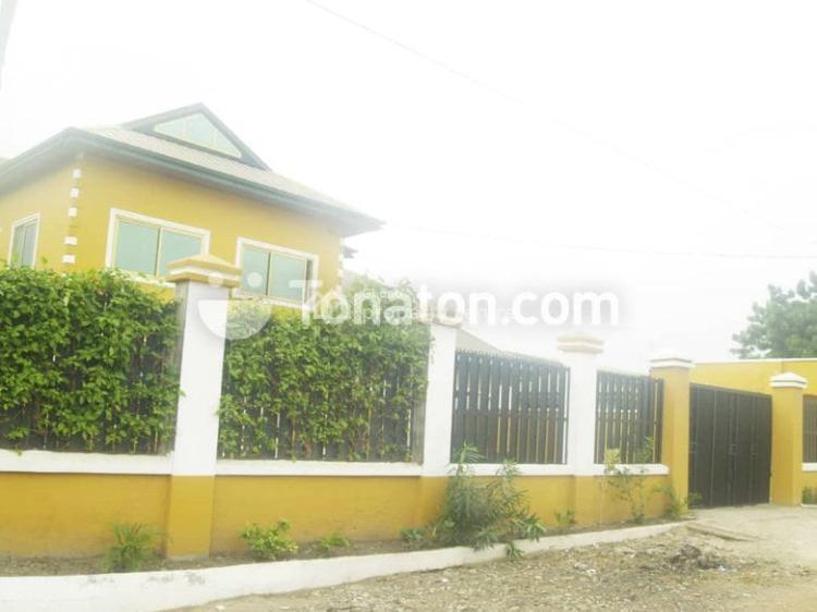 6bedroom House at Adenta, Adenta, Lakeside, Adenta Municipal, Accra, House for Sale