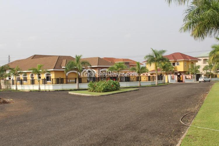 4 and 5 Bedroom House in Adenta, Adenta Municipal, Accra, House for Sale