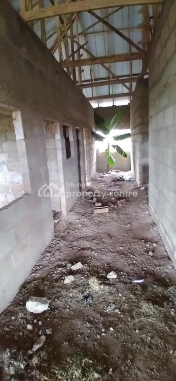 Luxury 5 Bedrooms, Atwima Boko New Site  ( Kwadaso Area), Kumasi Metropolitan, Ashanti, Townhouse for Sale