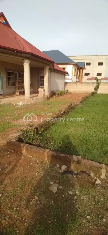 Executive 5 Bedrooms, Sokoban Area,  Slightly Near The Wood Village, Kumasi Metropolitan, Ashanti, Townhouse for Sale