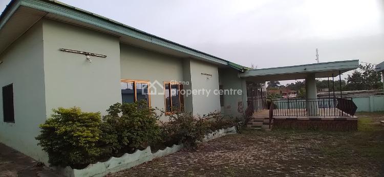 Luxury 6 Bedrooms, Mampongteng, Kumasi Metropolitan, Ashanti, Townhouse for Sale