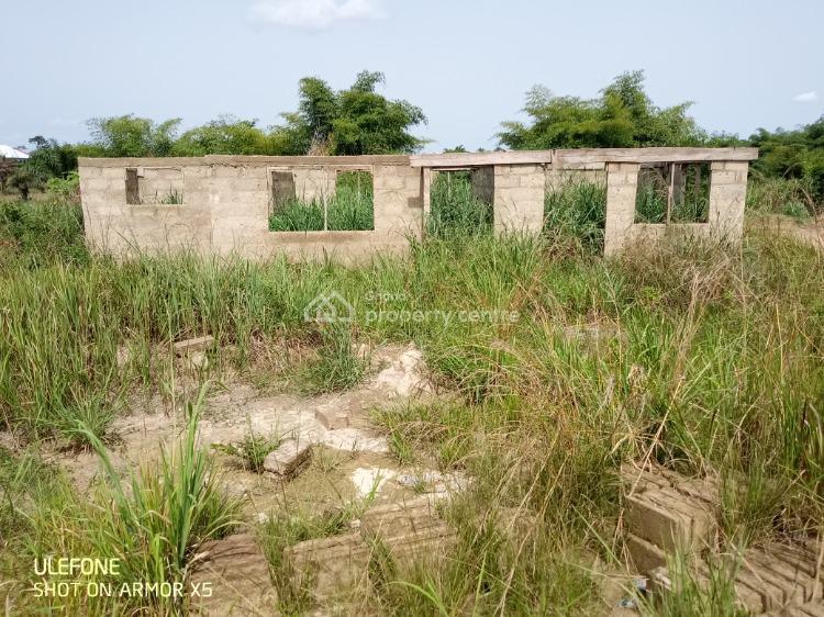 2 Bedroom House, Abuakwa, Taabere Around Tollbooth, Kumasi Metropolitan, Ashanti, Townhouse for Sale