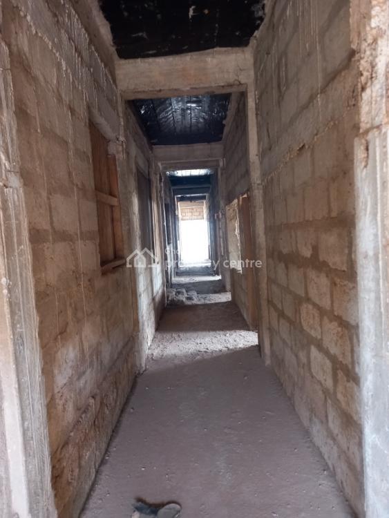 22 Rooms Hostel, Kenyasi, Kumasi Metropolitan, Ashanti, Hostel for Sale