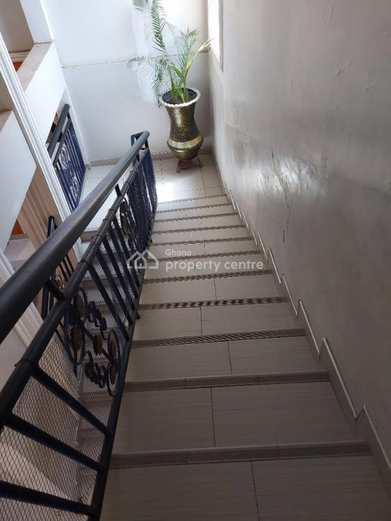 5 Bedroom House with Ensuite Outside Room, Broadcasting Junction, Close to Asamoah Gyans Residence, Weija, Ga South Municipal, Accra, House for Sale