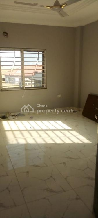 2 Bedrooms Apartment, Lawrounds Agency, La Dade Kotopon Municipal, Accra, Apartment for Rent