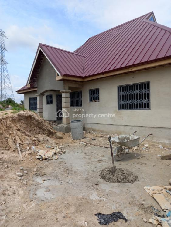 Luxury 4 Bedrooms, Mampongteng New Site, Kwabre, Ashanti, House for Sale