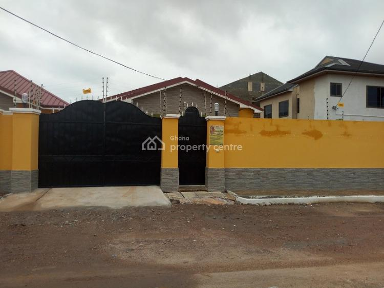 Beautiful 3 Bedrooms House, Community18, Spintex, Accra, Townhouse for Rent