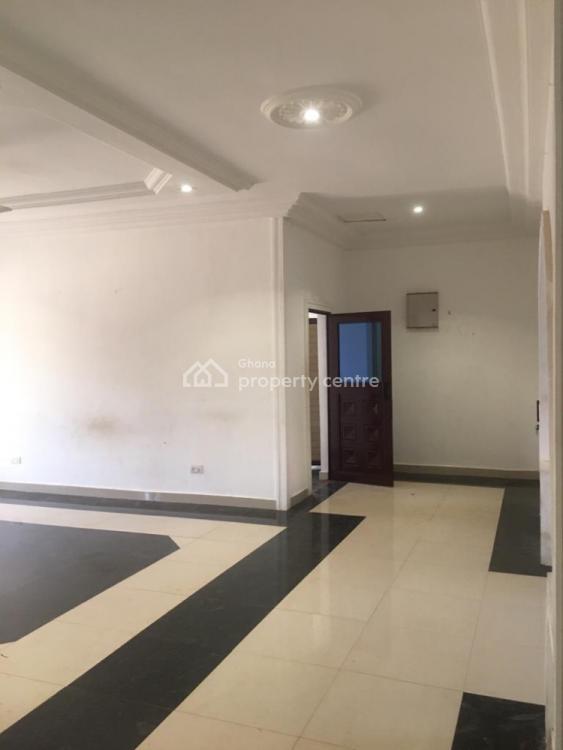 3 Bedroom House, Lakeside, Madina, La Nkwantanang Madina Municipal, Accra, Detached Bungalow for Sale