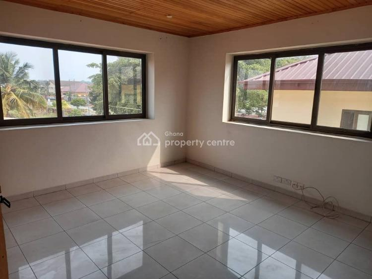 12 Bedrooms House, Community10, Tema, Accra, Townhouse for Sale