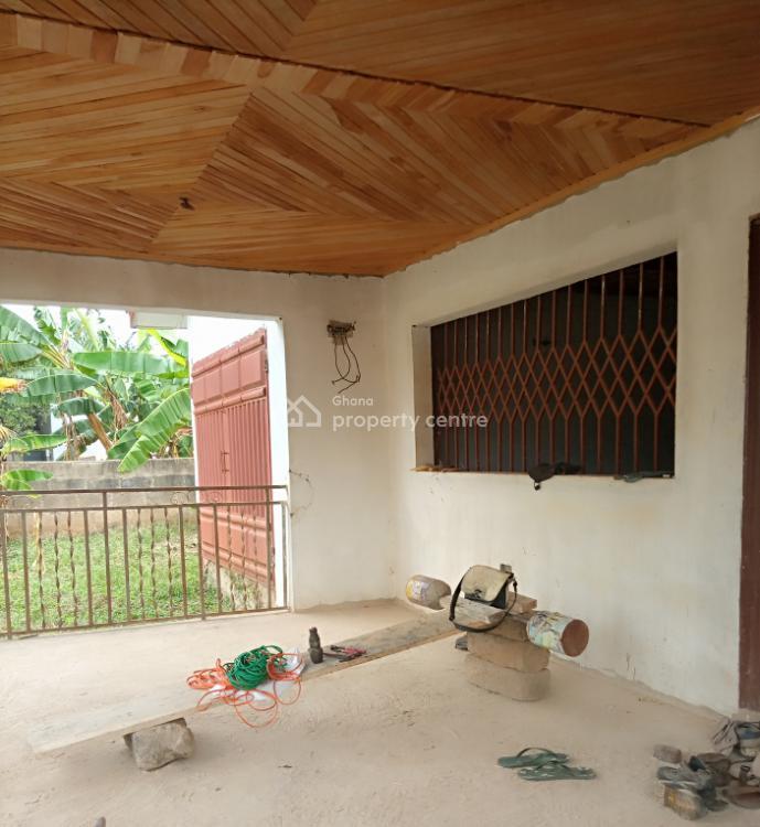 5 Bedroom Roofed House at Ablekuma Pentecost Junction Area, Agape / Pentecost, Ablekuma South, Accra Metropolitan, Accra, House for Sale