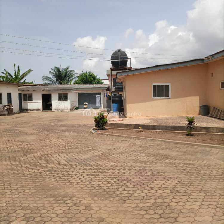 5 Bedroom House with Boysquartets on 2.5plots, Kingsby / Zoozoo Area, Achimota, Accra, Detached Bungalow for Sale