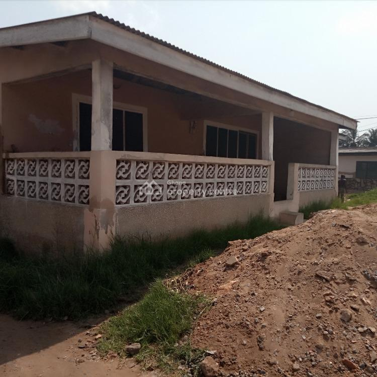 Titled 2 Plots with 2 Bedroom House, Nungua Beach Road, Accra Metropolitan, Accra, Detached Bungalow for Sale