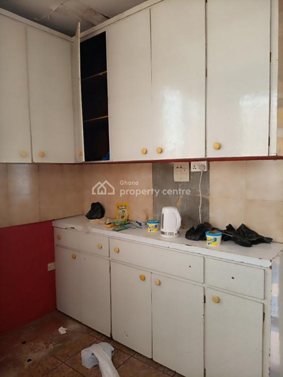 8bedrood House of 2 Apartments at Dansoman, Dansoman, Accra Metropolitan, Accra, Detached Bungalow for Sale