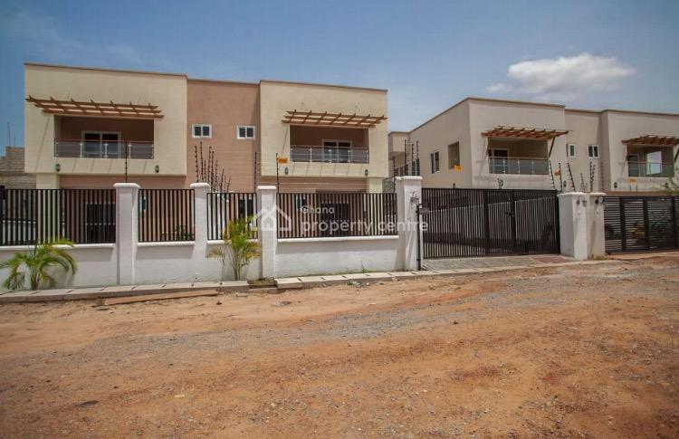 4 Bedrooms Self Compound House, Lawrounds Agency, La Dade Kotopon Municipal, Accra, Detached Duplex for Rent