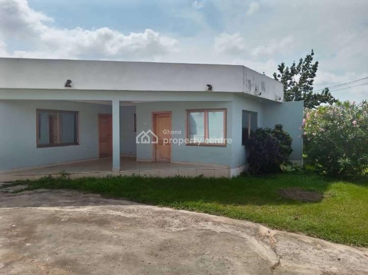 4 Bedroom House, Buokrome Estate F Line, Kumasi Metropolitan, Ashanti, Townhouse for Sale