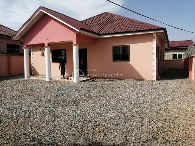 3 Master Bedroom House, Kasoa, Awutu-senya East, Central Region, Detached Bungalow for Rent