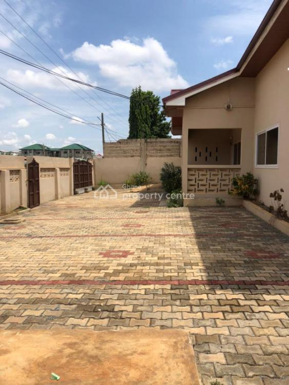 Renovated 4 Bedroom House at Adenta, Accra Metropolitan, Accra, Detached Bungalow for Rent