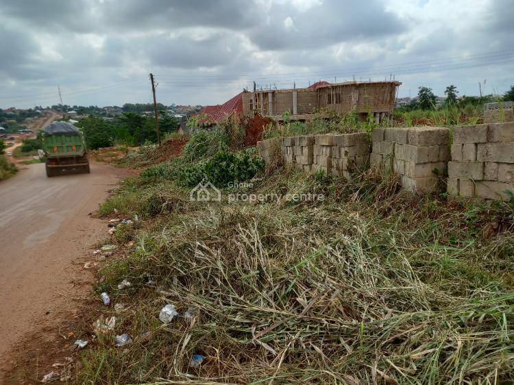 Main Road Side Plot, Darko ( Santasi), Kumasi Metropolitan, Ashanti, Mixed-use Land for Sale