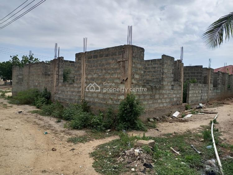 Uncompleted 7bedrooms in Dawhenya, Dawhenya Township, Dawhenya, Tema, Accra, Terraced Bungalow for Sale