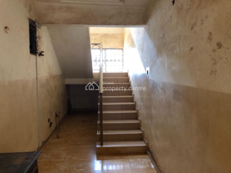 10 Bedroom Guest House Located at Oyarifa., Aburi Road, Adenta Municipal, Accra, Terraced Duplex for Sale
