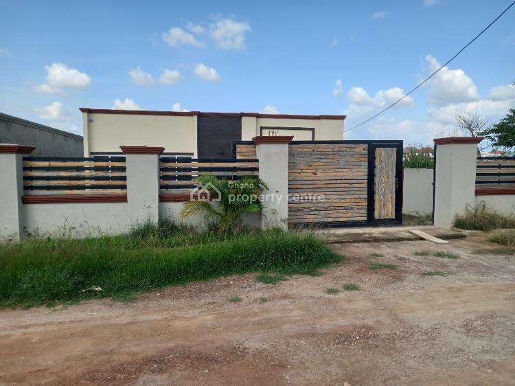 Luxury 3 Bedrooms, Santasi  (anyinam), Kumasi Metropolitan, Ashanti, House for Sale