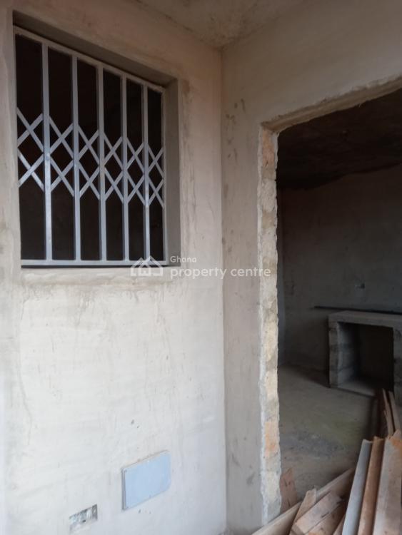 Executive 8 Bedrooms, Adumasa  ( Santasi Brofoyedru), Kumasi Metropolitan, Ashanti, House for Sale