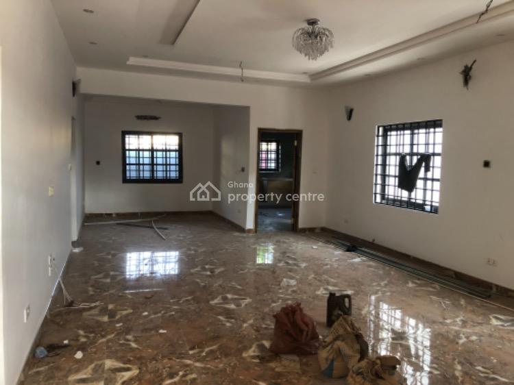 3 Bedroom House, School Junction, Madina, La Nkwantanang Madina Municipal, Accra, Detached Bungalow for Sale