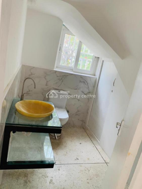 Luxury 3 Bedroom, Airport Residential Area, Accra, House for Rent