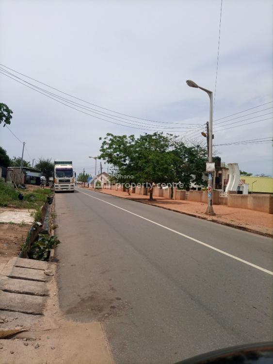 Major Road Plot, Sakaman, Accra Metropolitan, Accra, Mixed-use Land for Sale
