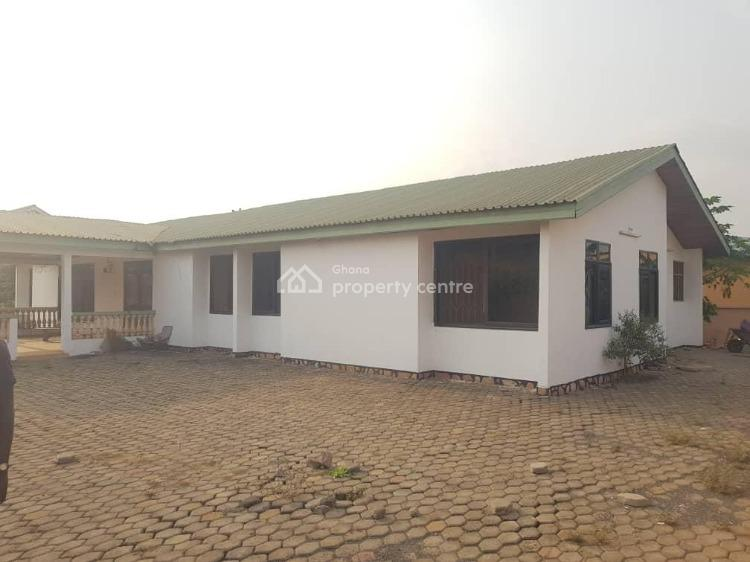 4 Bedroom 4 Bathroom with Water and Electricity  Connected on 2 Plots., Tema-jasikan Road, Tema, Accra, House for Sale