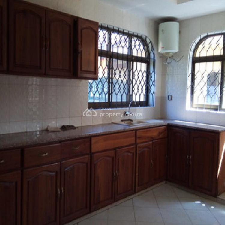 4 Bedroom House, Nyaniba Estate, Osu, Accra, House for Rent