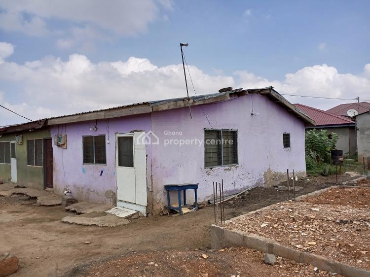 Chamber&hall and Porch, Kpone, Tema, Accra, Semi-detached Duplex for Sale