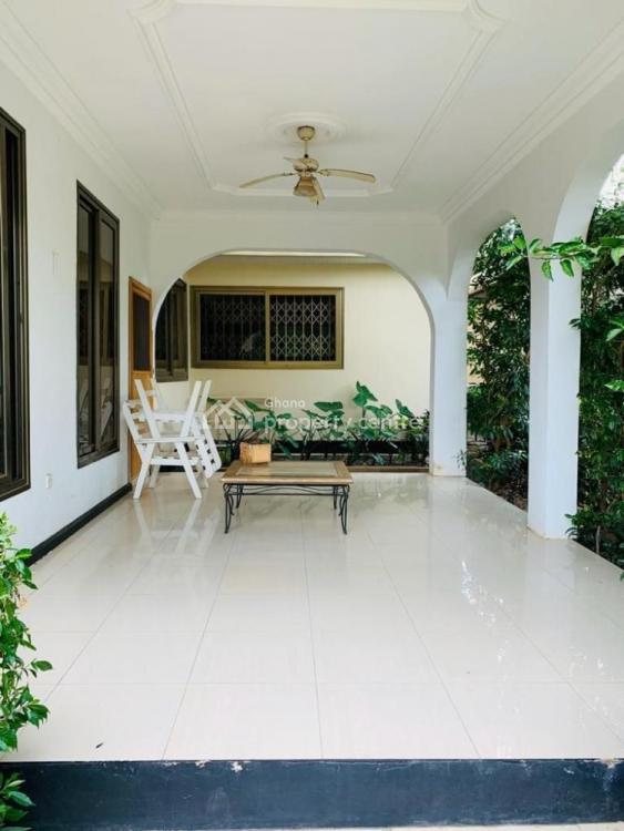 5 Bedroom, 5 Baths Plus a Pool and 2 Bedroom Outer House, Dodowa Road, Afienya, Tema, Accra, Townhouse for Sale