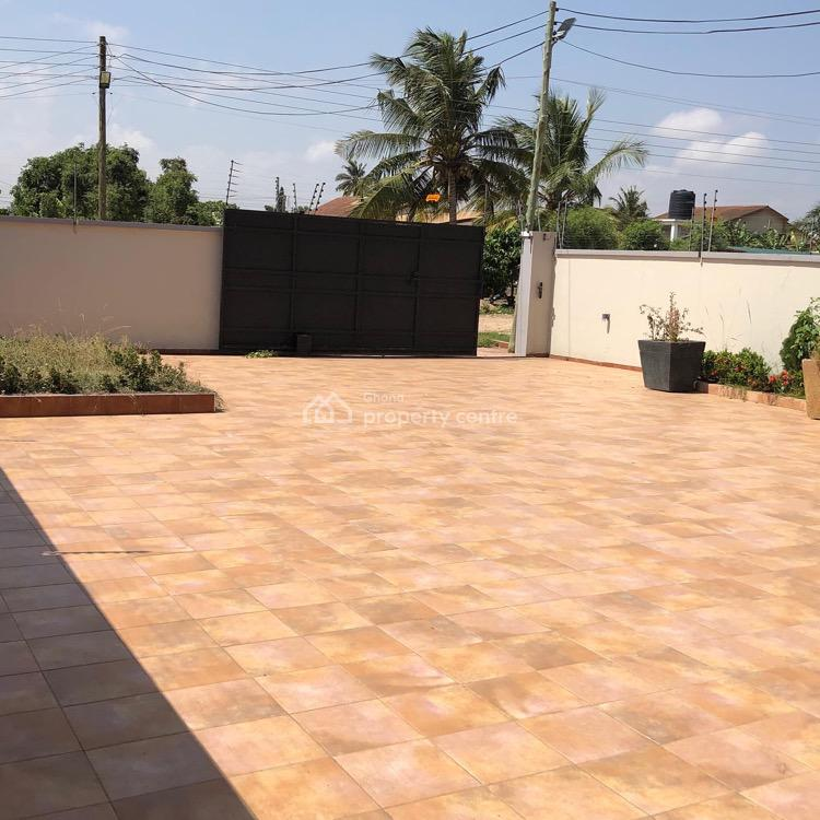 Executive 4 Bedroom House, Atomic Road, Dome, Ga East Municipal, Accra, Detached Duplex for Rent