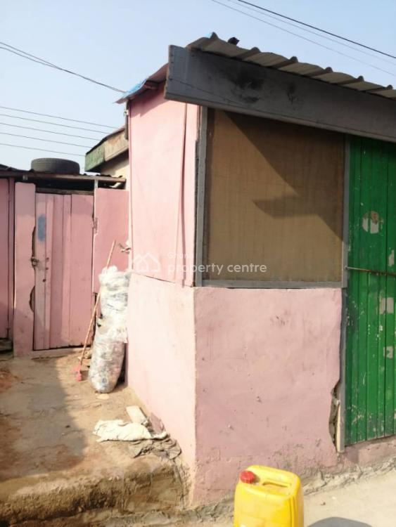 Single Room with Porch, Bubiashie, Accra Metropolitan, Accra, Mini Flat for Rent