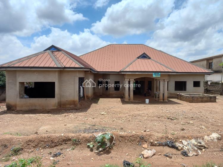 Luxury 5 Bedrooms, Kokoso ( After Sofoline Army Baracks), Kumasi Metropolitan, Ashanti, House for Sale