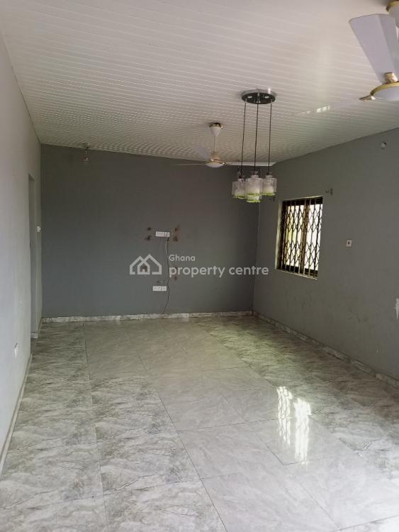 Neat 3 Master Bedroom Apartment, Kasoa Toll Booth, Awutu-senya East, Central Region, Self Contained (single Rooms) for Rent