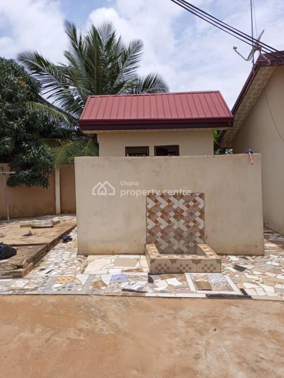 Plush Registered 5 Brm of 3 Apartments Together with Shop, Agape Down, Ablekuma South, Accra Metropolitan, Accra, Detached Duplex for Sale