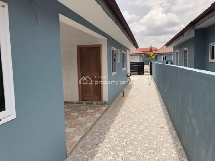 3 Bedroom Estate Houses with Attached Boys Quarters, Oyarifa Road, Adenta Municipal, Accra, Detached Bungalow for Sale
