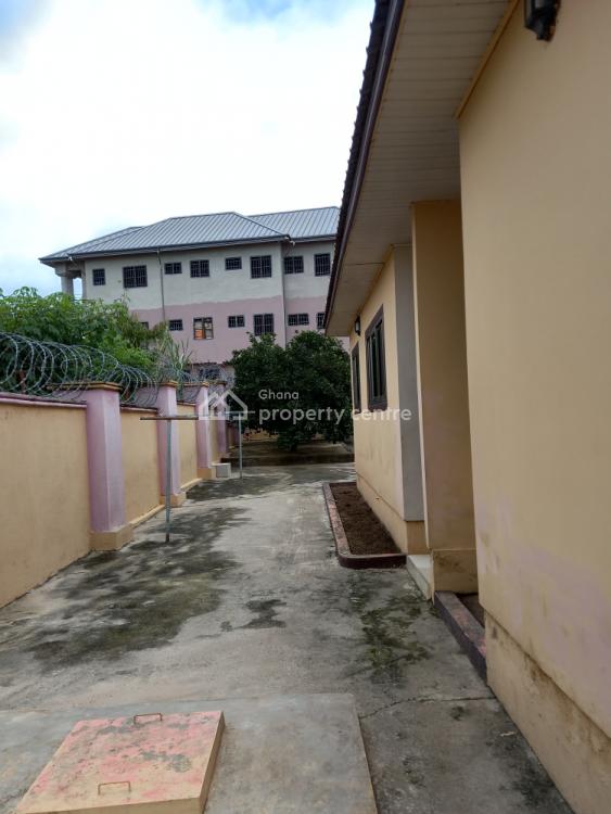 Luxury 5 Bedrooms, Ejisu-juaben Municipal, Ashanti, House for Sale