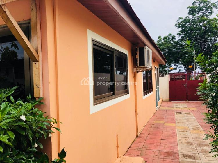 Executive Furnished 2 Bedroom House, Awudome Roundabout, Accra Metropolitan, Accra, Detached Bungalow for Sale
