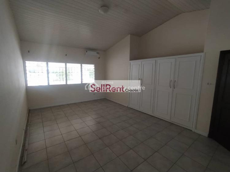 5 Bedroom House, 2 Bq & Garden, Cantonments, Accra, Detached Bungalow for Rent