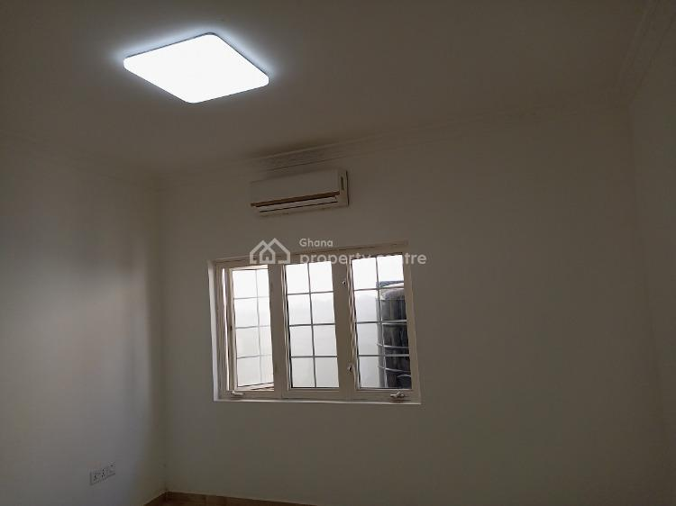 a 3 Bedrooms Townhouse, East Airport, Spintex, Accra, Semi-detached Bungalow for Sale