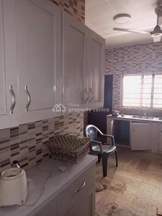 5 Brm House at Official Town / Darkuman, Darkuman/official Town, Darkuman, Accra, Detached Bungalow for Rent