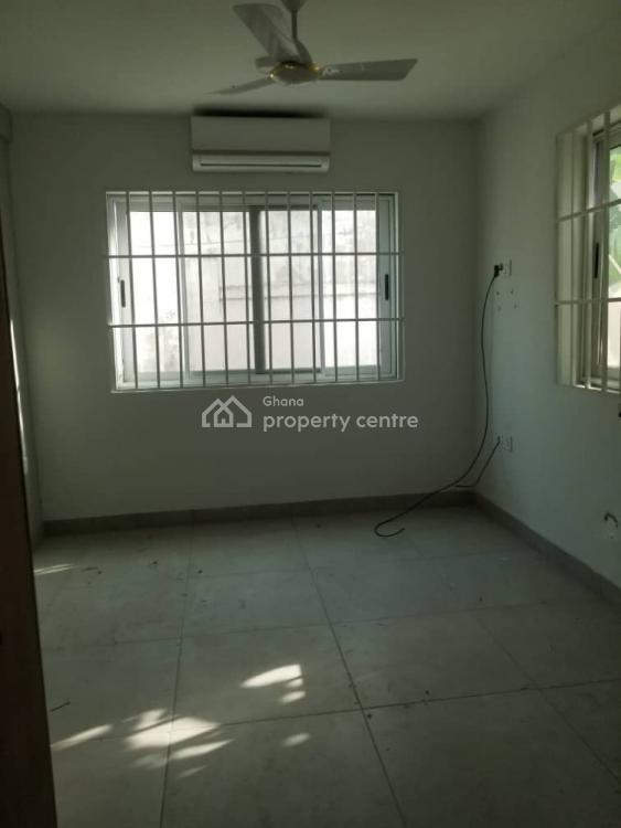 a Three Bedroom Flat with Nice Facilities, Osu, Accra, Self Contained (single Rooms) for Rent