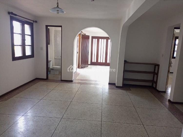 8bedrooms House  at Osu Close Main Roadside, Osu, Osu, Accra, Detached Duplex for Sale