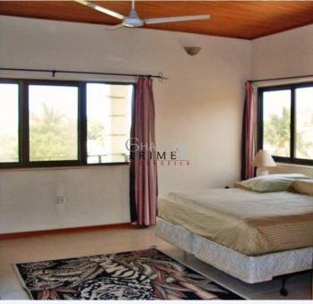 3 Bedrooms House, Community 2, Tema, Accra, Semi-detached Duplex for Rent